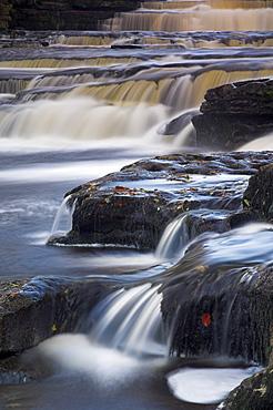 Lower Aysgarth Falls near Hawes, Wensleydale, Yorkshire Dales National Park, Yorkshire, England, United Kingdom, Europe