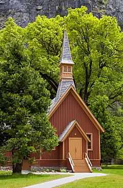 Historic Interdenominational Chapel (Yosemite Community church), Yosemite Valley, Yosemite National Park, UNESCO World Heritage Site, Sierra Nevada, California, United States of America, North America