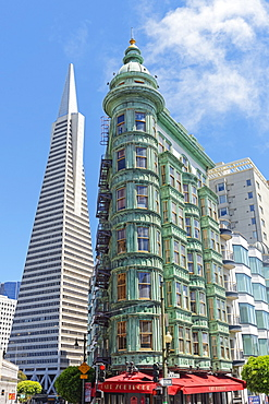Transamerica pyramid and Columbus Tower, San Francisco, California, United States of America, North America