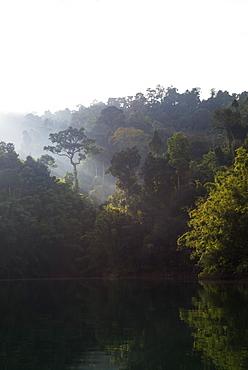 Ratchaprapa reservoir, Khao Sok National Park, Surat Thani Province, Thailand, Southeast Asia, Asia