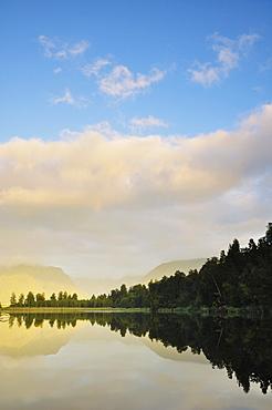 Sunset, Lake Matheson, Westland Tai Poutini National Park, UNESCO World Heritage Site, West Coast, South Island, New Zealand, Pacific