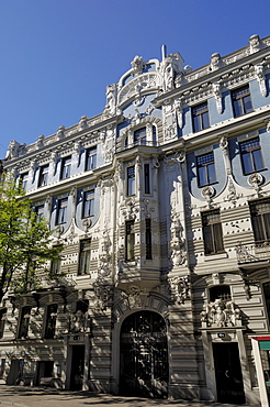 Art nouveau architecture, 10b Elizabetes iela, designed by Mikhail Eisenstein, Riga, UNESCO World Heritage Site, Latvia, Baltic States, Europe