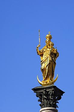 Statue of the Virgin Mary, Marienplatz, Munich (Munchen), Bavaria (Bayern), Germany, Europe