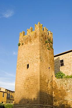 City ramparts, Tuscania, Viterbo, Lazio, Latium, Italy, Europe - 765-1176