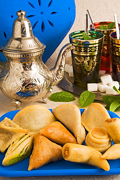 Arabic sweets and pastries, Mint tea
