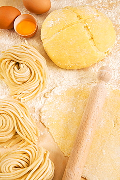 Homemade spaghetti, an Italian speciality known as lombrichelli in Latium (Lazio) and pici in Tuscany, Italy, Europe