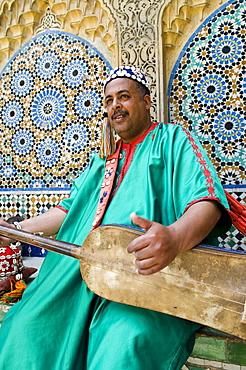 Gambri (guitar) player, Kasbah, Tangier, Morocco, North Africa, Africa - 765-1251