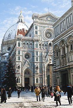 The Duomo (Cathedral) with snow during winter, Florence (Firenze), UNESCO World Heritage Site, Tuscany, Italy, Europe