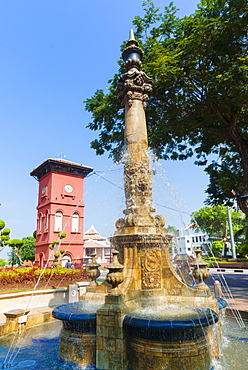 Tan Beng Swee Clocktower and fountain, Town Square, Melaka (Malacca), UNESCO World Heritage Site, Malaysia, Southeast Asia, Asia