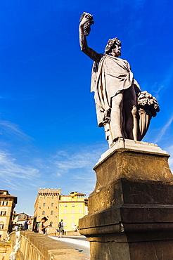 Statue of Autumn, Ponte Santa Trinita, Florence (Firenze), UNESCO World Heritage Site, Tuscany, Italy, Europe