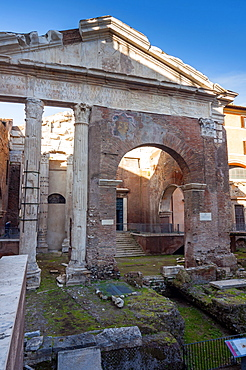 Portico of Octavia dating from 27 BC, UNESCO World Heritage Site, Rome, Lazio, Italy, Europe