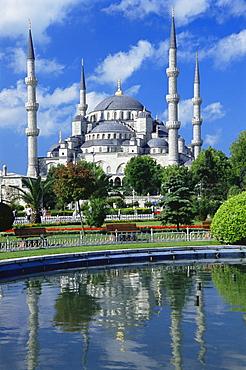 The Blue Mosque (Sultan Ahmet Mosque), UNESCO World Heritage Site, Istanbul, Turkey, Europe, Eurasia