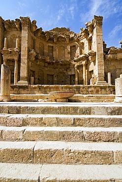 The Nymphaeum, Jerash (Gerasa) a Roman Decapolis city, Jordan, Middle East