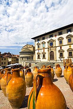 Antiquarian fair of Arezzo, Piazza Vasari, Arezzo, Tuscany, Italy, Europe