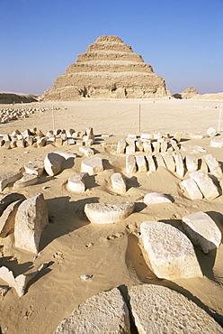 The stepped pyramid, Saqqara (Sakkara), UNESCO World Heritage Site, Egypt, North Africa, Africa