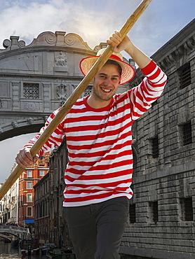 Gondolier, Venice, UNESCO World Heritage Site, Veneto, Italy, Europe
