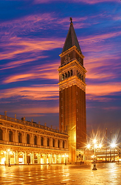 Campanile, St. Marks Square, Venice, UNESCO World Heritage Site, Veneto, Italy, Europe