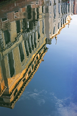 Reflection of houses in a still canal in the Dorsoduro area, Venice, UNESCO World Heritage Site, Veneto, Italy, Europe