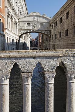 The Bridge of Sighs, Venice, UNESCO World Heritage Site, Veneto, Italy, Europe