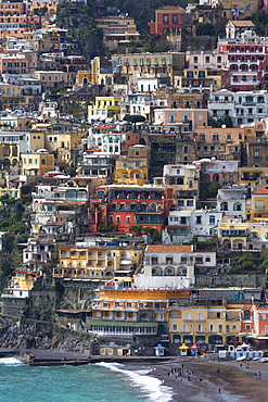 The colourful town of Positano perched on cliffs on the Amalfi Coast (Costiera Amalfitana), UNESCO World Heritage Site, Campania, Italy, Mediterranean, Europe