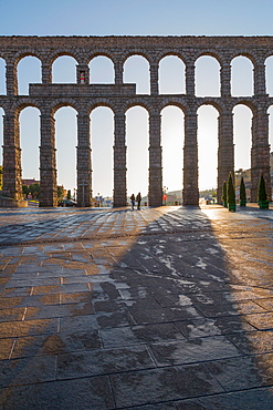Segovia's ancient Roman Aqueduct, UNESCO World Heritage Site, Segovia, Castilla y Leon, Spain, Europe