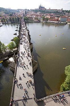 View of Charles Bridge, UNESCO World Heritage Site, from Old Town Bridge Tower, River Vltava, Little Quarter Bridge Tower, Prague, Czech Republic, Europe