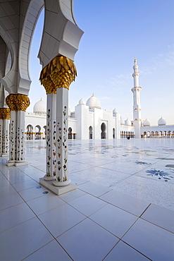 Gilded columns of Sheikh Zayed Bin Sultan Al Nahyan Mosque, Abu Dhabi, United Arab Emirates, Middle East