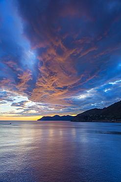Coast near Manarola, Cinque Terre, Liguria, Italy, Europe