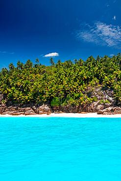 seychelles beautiful beach and lagoon