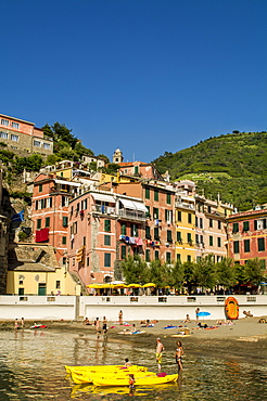 Vernazza, Cinque Terre, UNESCO World Heritage Site, Liguria, Italy, Europe