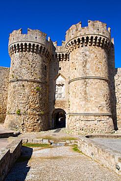 Marine Gate, Rhodes Old Town, UNESCO World Heritage Site, Rhodes, Dodecanese Island Group, Greek Islands, Greece, Europe