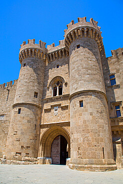 Entrance Gate, Palace of the Grand Master of the Knights, Rhodes Old Town, UNESCO World Heritage Site, Rhodes, Dodecanese Island Group, Greek Islands, Greece, Europe