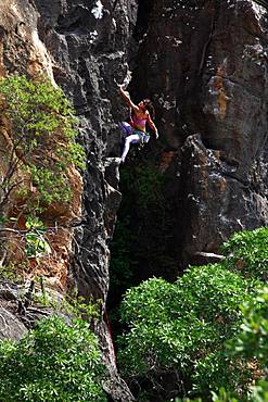 Rock climber in action, Serra do Cipo, Minas Gerais, Brazil, South America