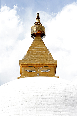 Buddha's eyes on stupa in the grounds of Khamsum Yulley Namgyal, consecrated in 1999, Punakha, Western Bhutan, Asia