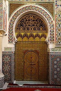 Interior of Zawiya of Moulay Idriss II, Old Medina (Fes el-Bali), UNESCO World Heritage Site, Fez, Morocco, North Africa, Africa
