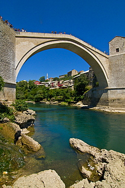 Famous old bridge reconstructed after collapsing in the war in the old town of Mostar, UNESCO World Heritage Site, Bosnia-Herzegovina, Europe