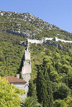 The wall of Ston, Peljesac Peninsula, Croatia, Europe