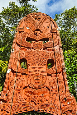 Woodecarved entrance at the Te Puia Maori Cultural Center, Rotorura, North Island, New Zealand, Pacific