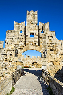 Liberty Gate, the Medieval Old Town of the City of Rhodes, UNESCO World Heritage Site, Rhodes, Dodecanese Islands, Greek Islands, Greece, Europe