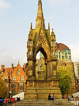 Albert Memorial by Thomas Worthington built between 1862 and 1867, Albert Square, Manchester, England, United Kingdom, Europe