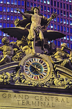Statue of Mercury on the exterior of the Grand Central Station, New York City, New York, United States of America, North America