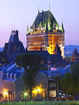 Chateau Frontenac illuminated at night, UNESCO World Heritage Site, Quebec City, Quebec, Canada, North America