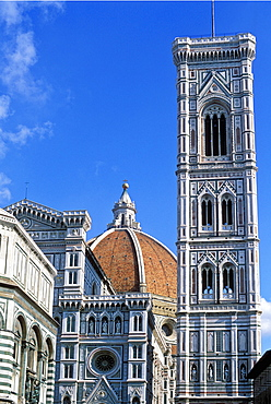 The Duomo (Cathedral of Santa Maria del Fiore) and the Campanile di Giotto, Florence, UNESCO World Heritage Site, Tuscany, Italy, Europe