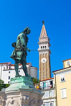 Church of St. George and Giuseppe Tartini statue, Tartinijev trg (Tartini Square), Old Town, Piran, Primorska, Slovenian Istria, Slovenia, Europe