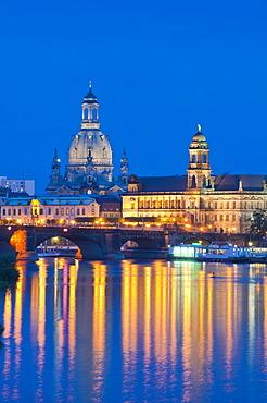 Dresden at dusk, Elbe River, illuminated historic town centre, Staendehaus building, Frauenkirche, Church of Our Lady, Sekundogenitur building, Augustus Bridge, Saxony, Germany, Europe