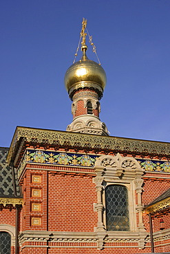 Detail of the orthodox church with gold-plated tower, spa Bad Homburg, Hesse, Germany