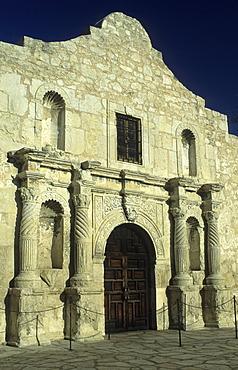 The Alamo, spanish mission church in San Antonio, San Antonio, Texas, USA