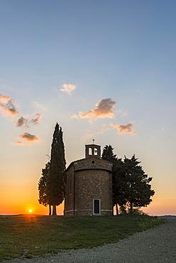 Cappella della Madonna di Vitaleta, chapel at sunset, Val d'Orcia, Tuscany, Italy, Europe