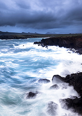 Atlantic Ocean, near Dunquin, Dingle Peninsula, County Kerry, Ireland, Europe