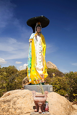 Buddha statue, Co Tach Pagoda, Binh Thuan Province, Vietnam, Asia